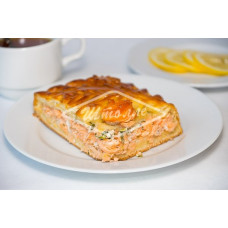 Пирог с лососем и тешей